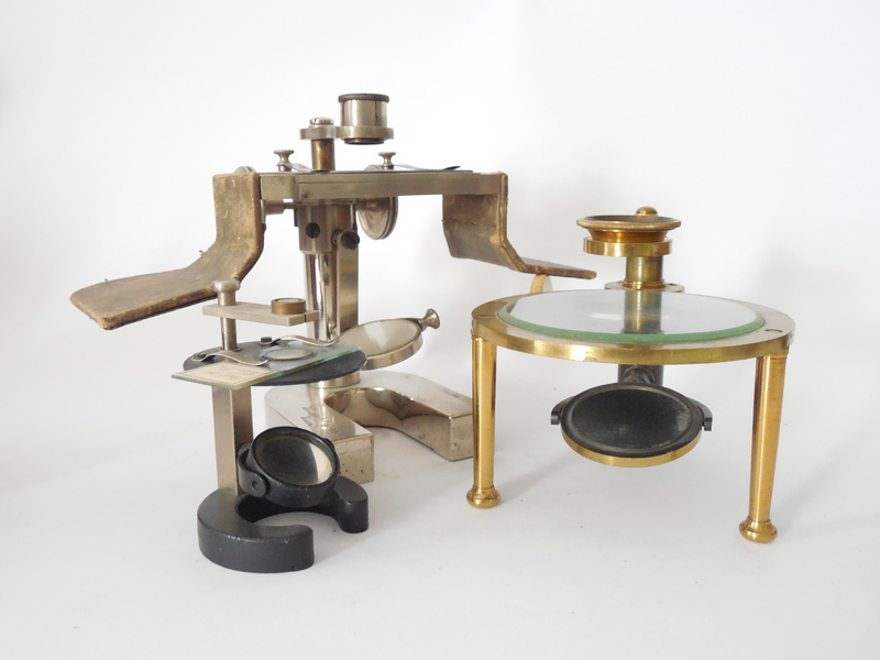 Mikroskop gruppen science art old scientific instruments